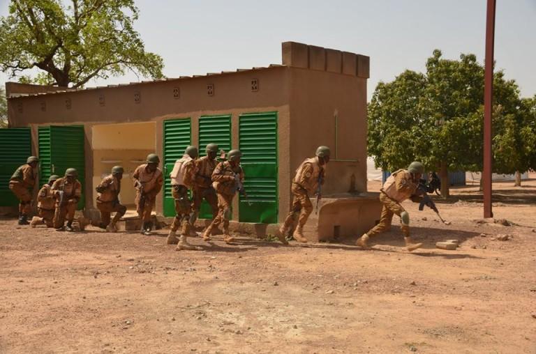 Gorom-Gorom: un véhicule et des armes emportés dans l'attaque d'une brigade de gendarmerie à Déou
