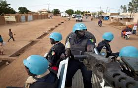 Mali: un casque bleu blessé dans l'attaque du camp de la MINUSMA à Kidal