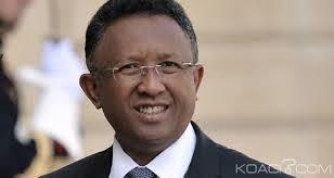 Rajaonarimampianina cède à Madagascar: Mais la présence du quatuor n'augure rien de bon