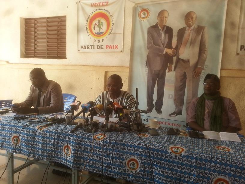 Achille Tapsoba à Mahamadi Lamine Kouanda: «La fonction de président du Faso est tellement de haut niveau qu'on ne peut pas plaisanter avec»