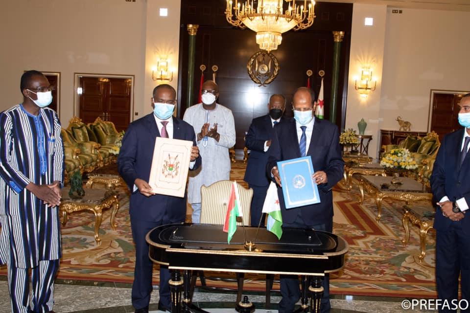Roch Marc Christian Kaboré à Djibouti: Le Burkina signe 3 accords