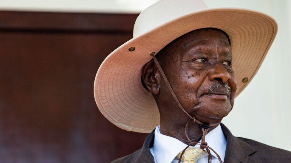 Présidentielle du 14 janvier en Ouganda: Le Bismark des grands Lacs contre la mouche du coche